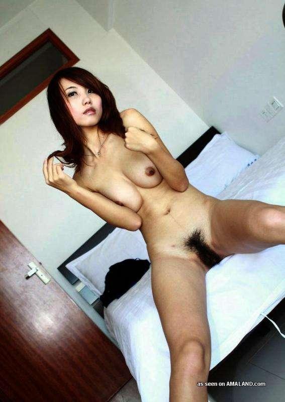 japonesa gostosa pelada em fotos amadoras
