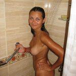 Fotos da namorada gostosa peladinha no chuveiro