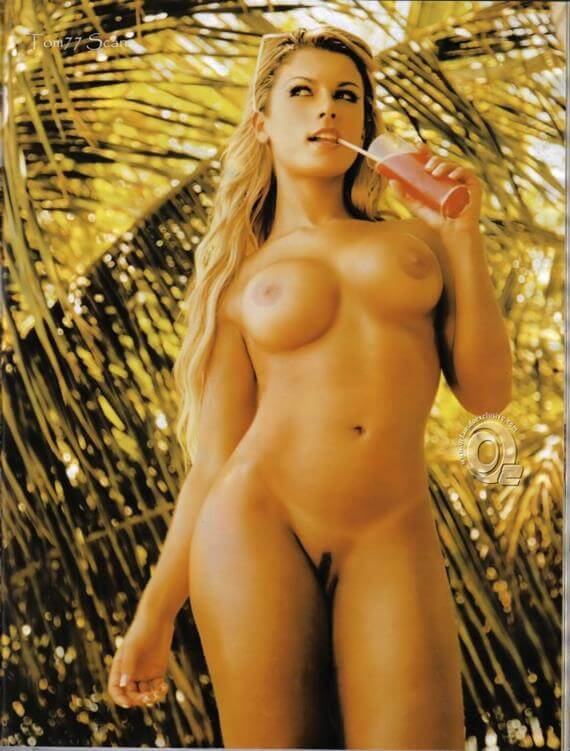 Babi Rossi nua e pelada na Playboy