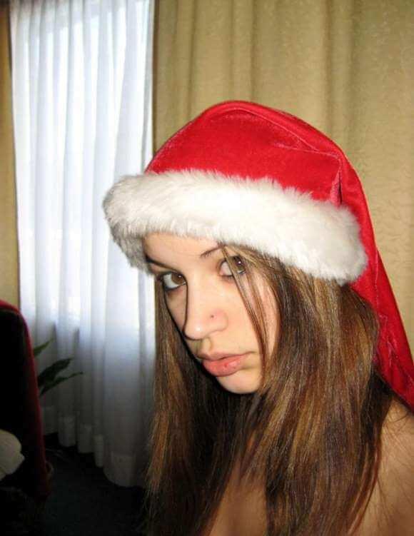 mamãe Noel pelada mostrando a buceta